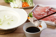 乃木坂しん 石田伸二監修徳島県産豚肉しゃぶしゃぶと特製ぽん酢醤油の画像